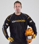 5111901_BLOCKER_GOALIE_SHIRT_BL_OR_pb
